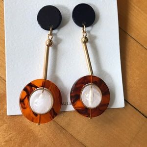 Jewelry - Statement earrings. Brand new!